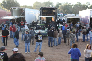 Scott Bloomquist drew a crowd when he arrived.