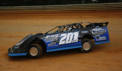 Billy Ogle, Jr. drove a new Longhorn Chassis to victory at Wythe