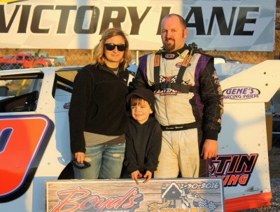 Hiett in the Boyd's victory lane with his family